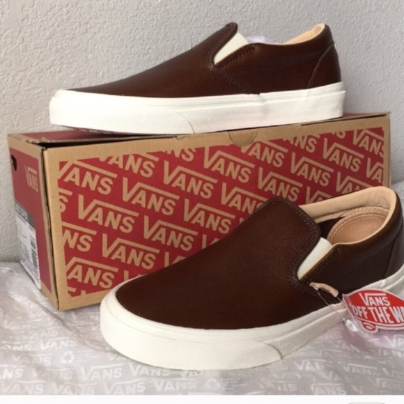 6a3611914c vans classic slip on(lux leather)shaved chocolate